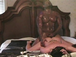 Kinky slut Savannah Stern gets drilled up her minge