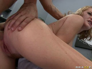 Krissy Lynn get a hard dick come in her tight ass