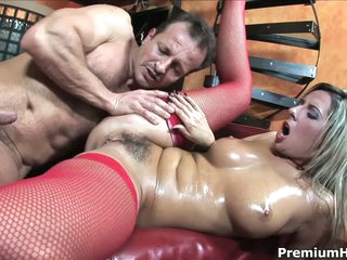 Bushy european milf Daria Glower gets fucked hard