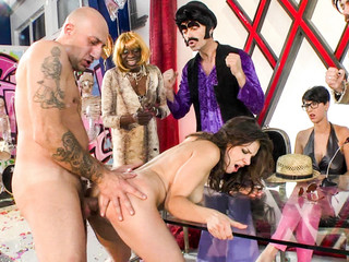 Different performers show their kinky tricks to the judges.