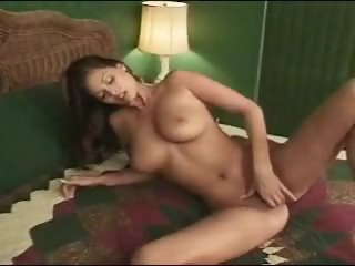 Tera Patrick masturbates solo
